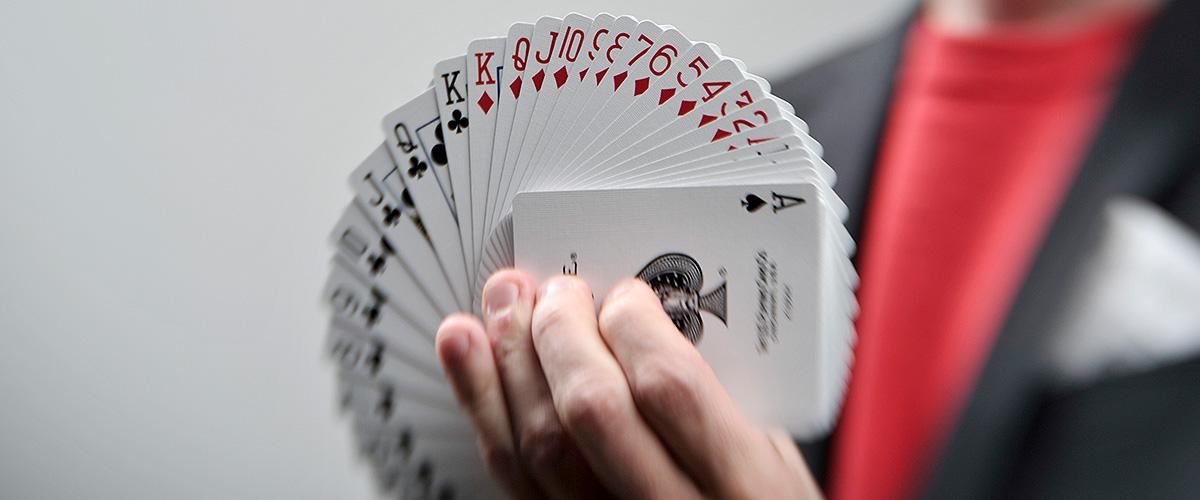 Zauberprogramm des großen Zauberers | Zauberer München | Magier München